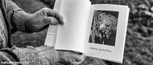 Raf Coorevits illustreerde met houtsneden de bundel 'Triptiek' van Willem Vandereyken. (Uitgeverij De Draak, 2019, 120p.) - rafcoorevits.be